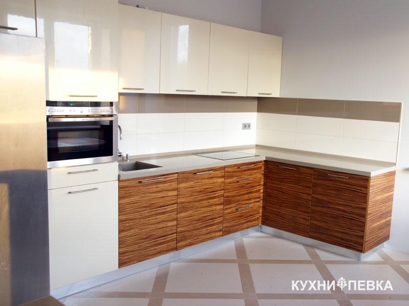 Кухня из зебрано и ваниль глянец серии модерн перстиж.